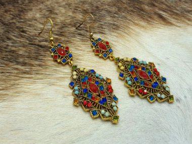 گوشواره تایلندی و سنتی رنگی